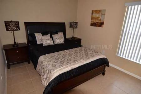 Beautiful 3 Bedroom Villa with Pool - Haines City - Villa