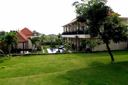 CANGGU, New Opening discount B&B DeLuxe ! - North Kuta - Bed & Breakfast