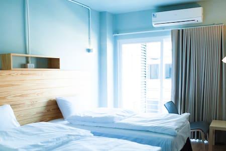 Comfy accom. 4 (BTS Saphan khwai) - Lägenhet