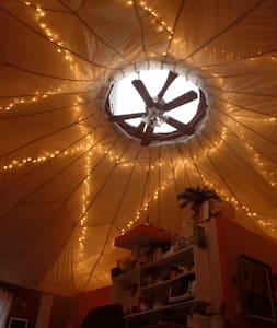 Yurt Nest at Green Oaks Community - Asheville - Yurt