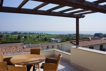 Lovely house in Badolato marina - Villa