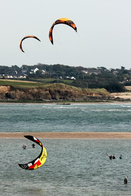 Kite Surfing on Grange Strand