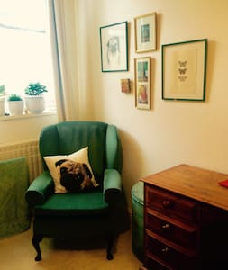 Bright & Artsy in <3 of Kemptown - Brighton - Apartment