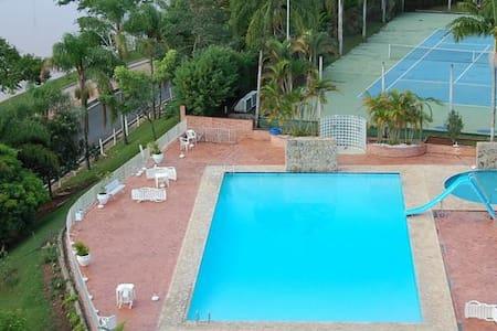 Hotel Cavalinho Branco - Apartemen
