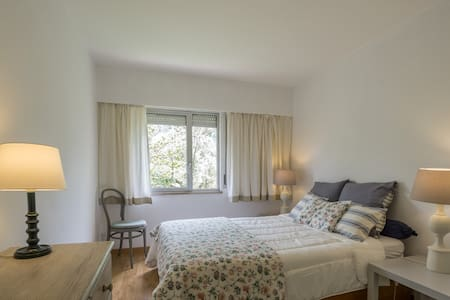 Lovely Surf Beach Apartment. - Oeiras