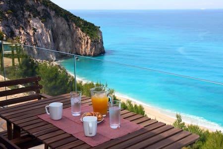 Milos Paradise Private Villa Arenaria - Agios Nikitas
