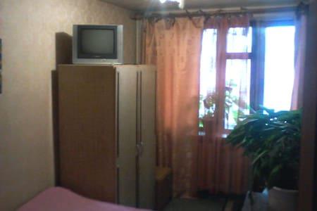 Комната в частном доме, удобства. - Rumah