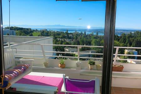 Genialer Panorama-Blick vom obersten Stock - WLAN - Pis