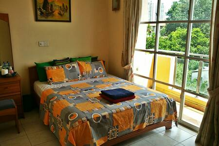 A spacious bright room in Colombo - Colombo