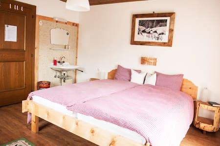 "Haus Sonneneck, Dbl room ""Alm"" - Casa"