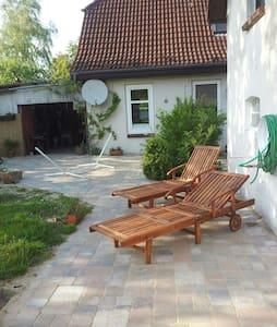 Unterkunft auf dem Lande - Neversdorf - House