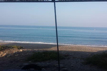 Casa a 30 metros del mar - El Ejido