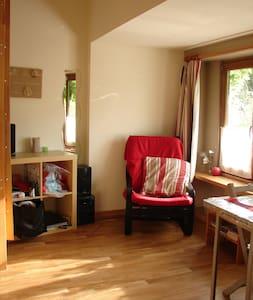 Logement rénové et chaleureux - Haus
