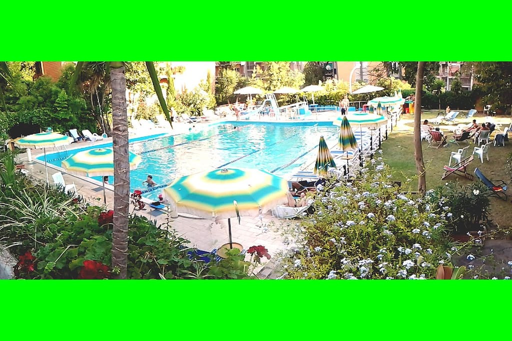 3 pools for you. Outside et inside pools in summer opened from 8,30 to 20, every day.