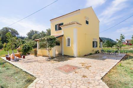 villa avgerinos - Γαρδενος - Villa