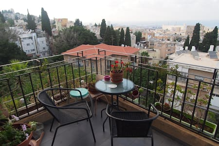 Modern Masada Apt. with an Amazing bay view - Haifa - Apartment