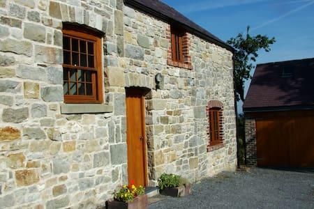 TalwrnGlas, Nr Llandegla-N Wales - Dom