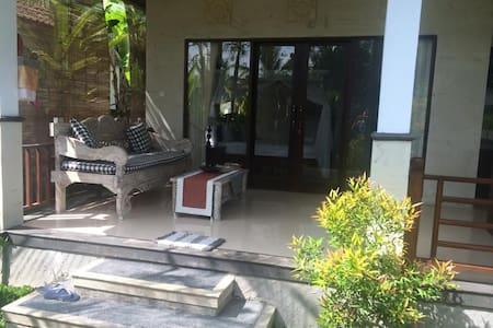 1Bdrm Garden Villa w/ Kitchen