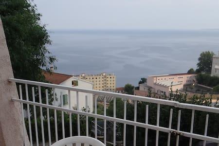 RDC villa, vue mer - Bastia - Villa