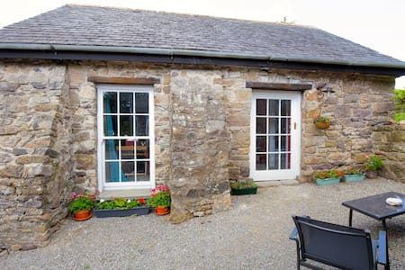 Cosy, Romantic Stone Cottage - Piltown  - Cabanya