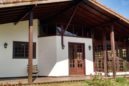 Casa espaçosa e aconchegante - Miguel Pereira - House