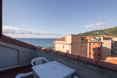 Penthouse Beachfront Andora ( SV ) - Kondominium