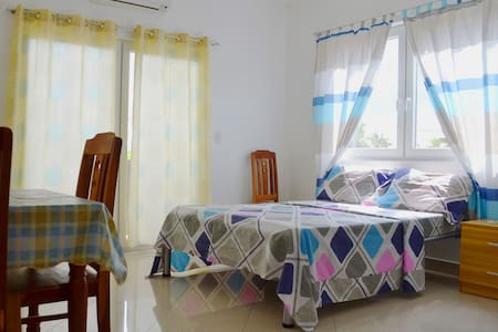 Studio Apartment w/ View (Rm. 2) - Talisay City - Apartmen
