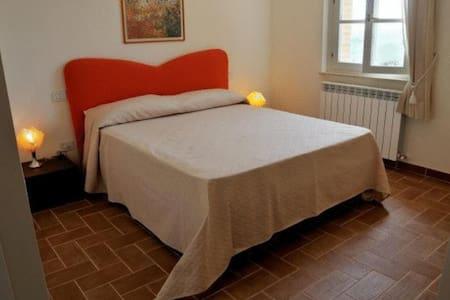 Appartamento Bi-locale Malbec - Gualdo Cattaneo - Haus