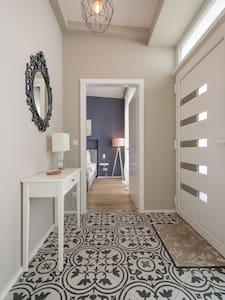 Luxus-Terrassen-Wohnung - Appartamento