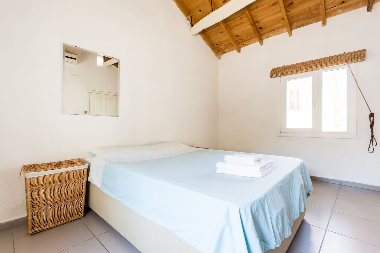 Tarcy House Master Bedroom