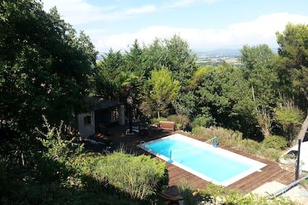 2 chambres dans Villa avec piscine - Saint-Marcel-d'Ardèche