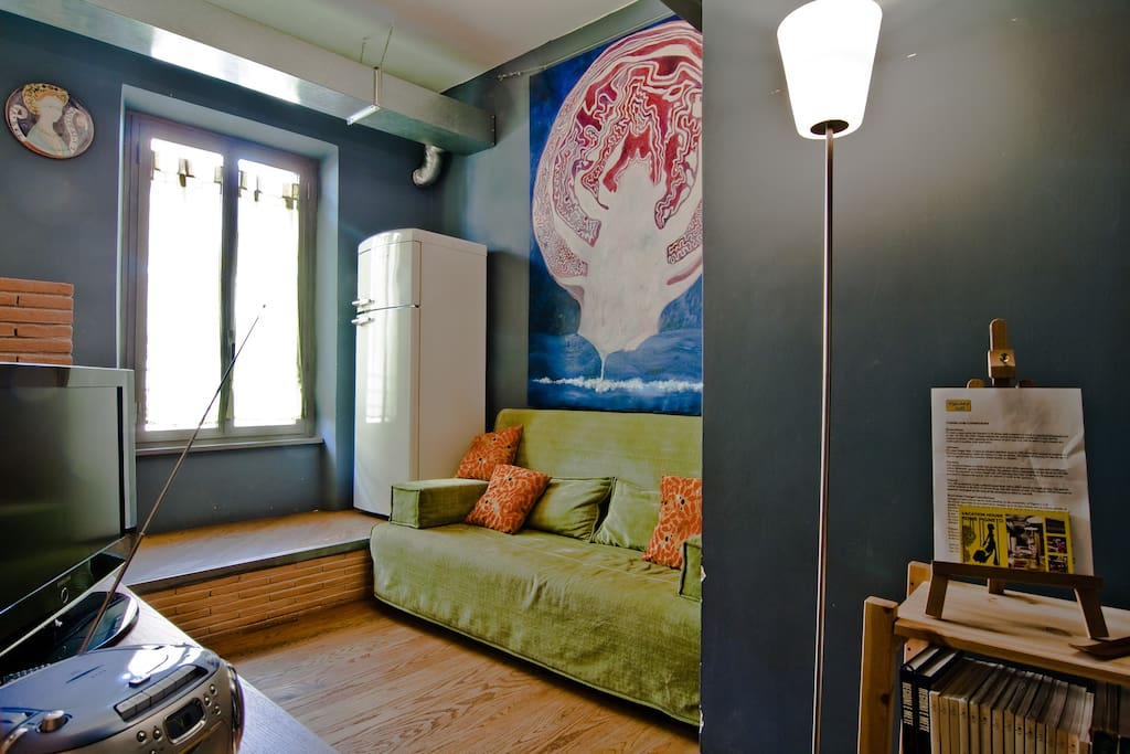 A cozy loft 10 minutes from station