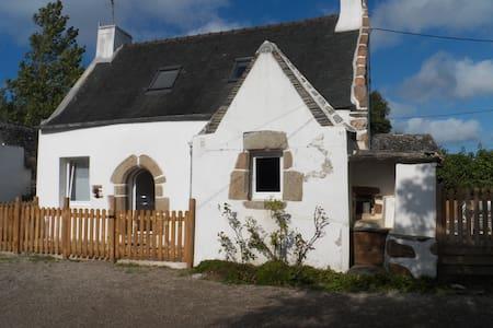 Charmante maison Bretonne - Guimaëc - Dom