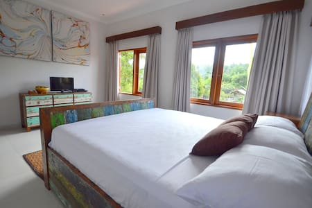 Standard bedroom in Villa Santai - Villa