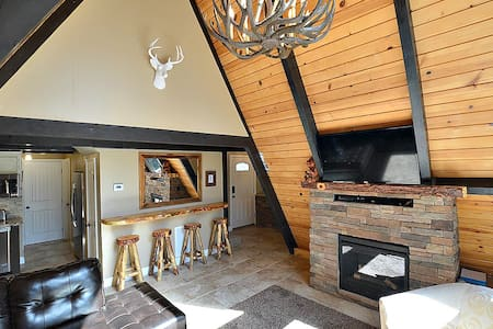 Cozy, One of a Kind Cabin! - Cabane