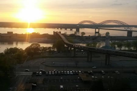 Best View Downtown! Walk To Many Attractions - Memphis - Apartment