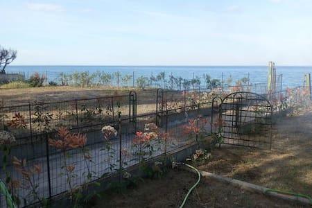 villetta a schiera sullo Ionio Calopezzati mare - San Giacomo-marinella