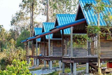 Ban Samadhi Rustic Retreat Cabins - Tambon Rong Chik - Chalet