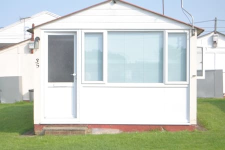 Chalet on Priory Hill Park, Leysdown-on-Sea - Chalet