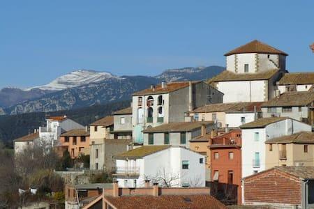 Habitación doble con baño (Tortellà-Alta Garrotxa) - Huis