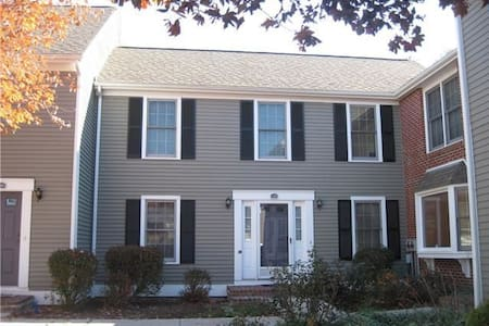 Great room with living area and private bath! - Townhouse