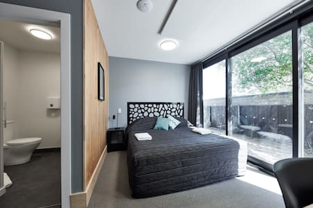 Double ensuite room - Andre