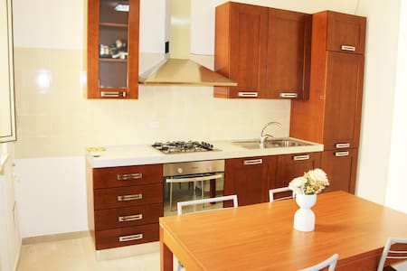 home holidays 13 kms from Bari - Apartemen