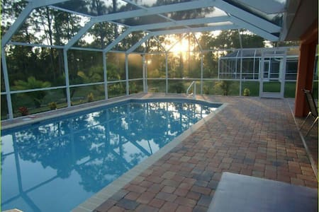 Villa Summertime-Beautiful pool home - Lehigh Acres - Maison