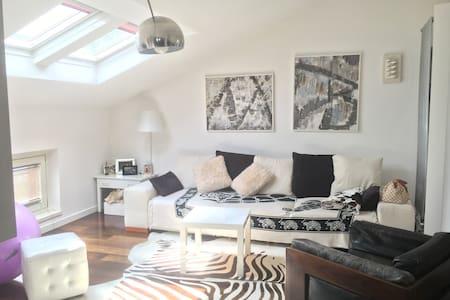 Loft moderno e accogliente - Apartmen