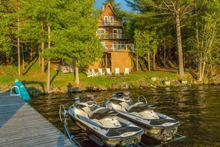 Lake Rosseau Retreat - Cottage