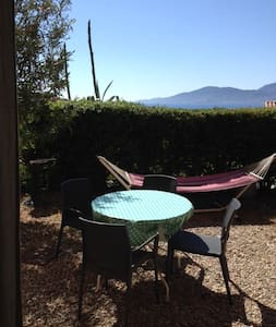 A louer studio + jardin à Porticcio - Huoneisto