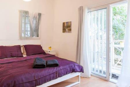 Best Location Sea Suite & Balcony - Tel Aviv-Yafo - Appartamento