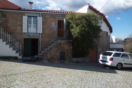 Maison typique dans village rural - Sameice - Hus