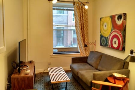 West Village 1-bed, sleeps up to 4
